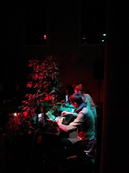 Plants and empire + a.melodie at ausland 10-03-14